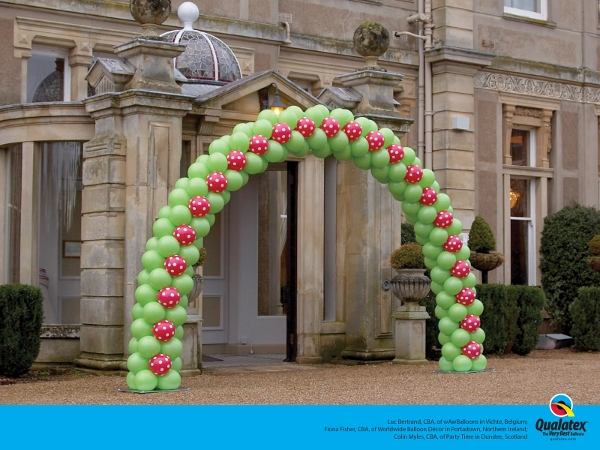 Green and Red Outdoor Balloon Arch - Leicestershire, Nottinghamshire, Derbyshire